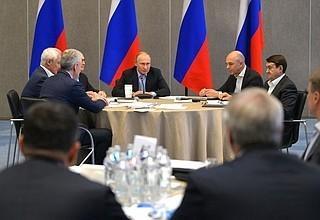 Владимир Путин в Крыму провёл расширенное заседание президиума Государственного совета