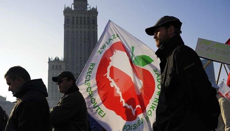 Европейские фермеры требуют вернуть им Россию и готовы идти на криминал