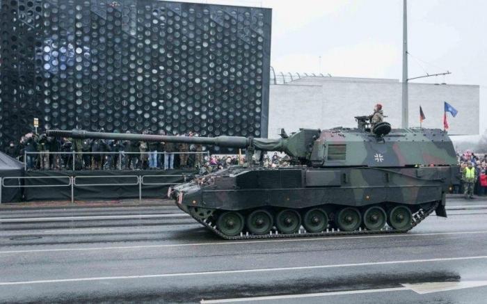 Военный парад в Литве – нет зрелища печальнее на свете