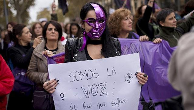 Разъяренные испанцы вышли протестовать против насильников: «Долой мигрантов!»