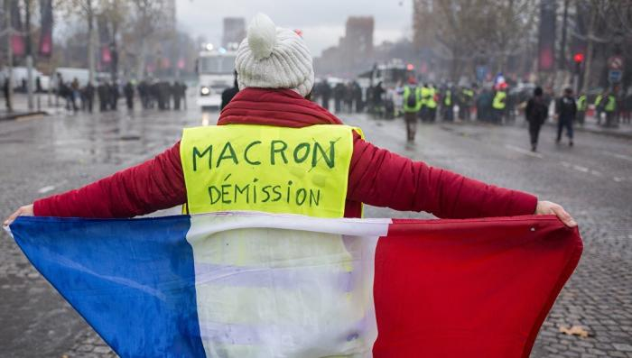 Парижский Майдан: как Трамп давит европейских глобалистов
