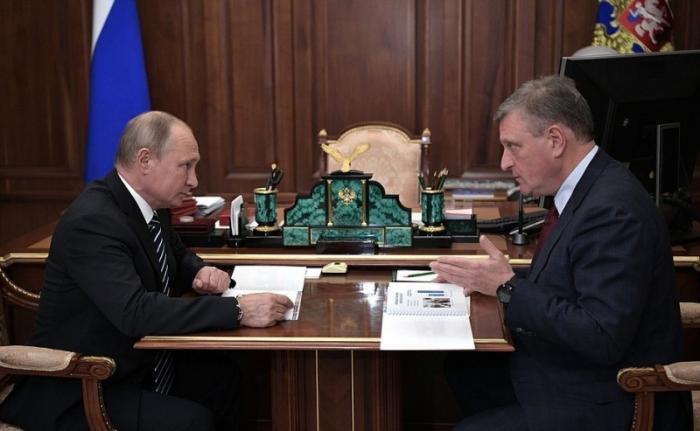 Владимир Путин провёл рабочую встречу сглавой Кировской области Игорем Васильевым
