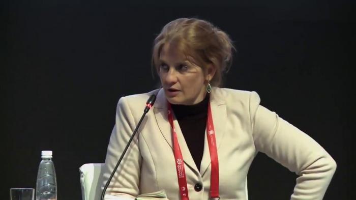Дискуссия Натальи Касперской и Анатолия Чубайса на Цифровом форуме 2018 в Санкт-Петербурге