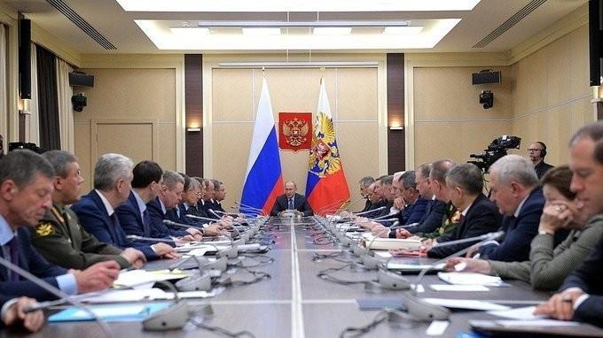 Владимир Путин провёл заседание СБ РФ по обеспечению энергетической безопасности России