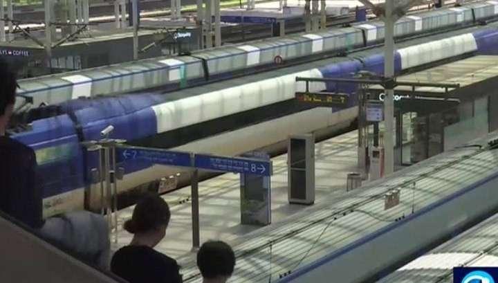 Из Южной Кореи в Северную отправился поезд