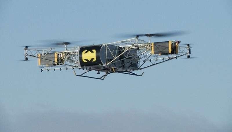 Видео полёта первого российского грузового беспилотного летательного аппарата «Скиф»