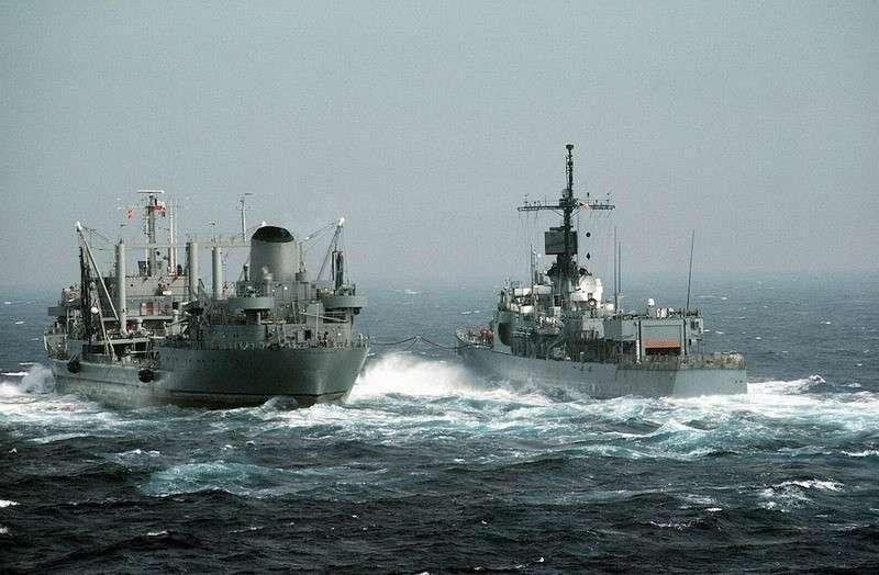 Сенатор Джонсон призвал США провести в Азовском море и Керченском проливе военные операции