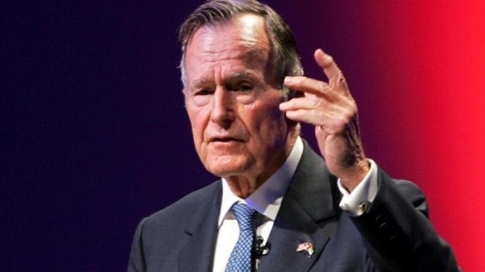 Умер Джордж Буш-старший. Одной сволочью в мире стало меньше