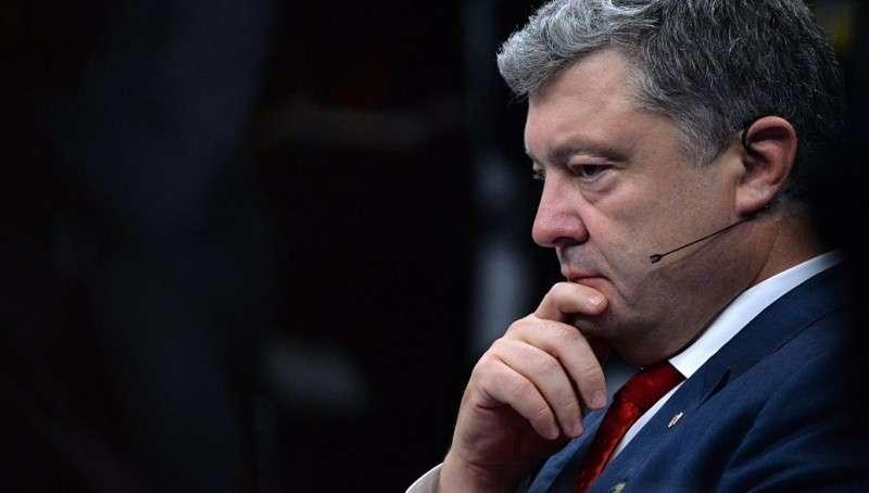 Порошенко перевёл военно-промышленный комплекс Украины на особый режим работы