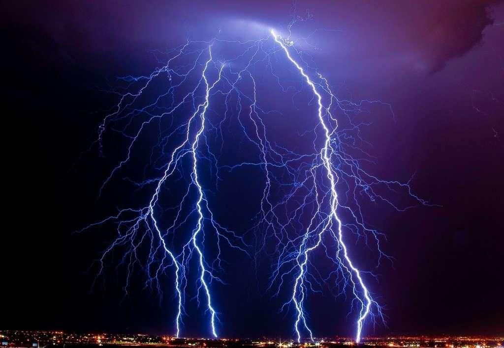 Электричество продлило нам активную жизнь