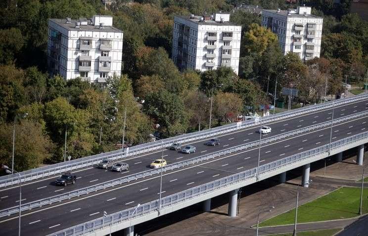 Владимир Путин раскритиковал российские дороги за дороговизну и невысокое качество