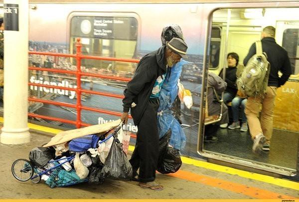 Американец сравнил метро Санкт-Петербурга с Нью-Йоркским: «жуткая вонючая клоака»