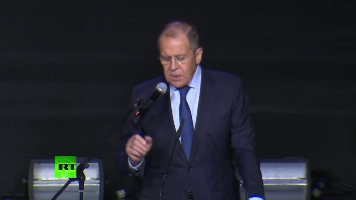 Сергей Лавров выступил на Международном форуме добровольцев