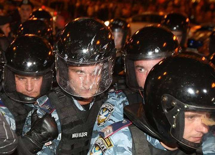 100 тысяч полицейских из России перечислили деньги «Беркуту»