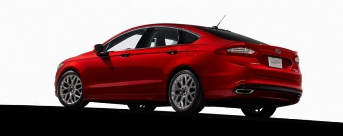 Реальное качество товаров в США: Ford Fusion теряет на ходу детали и самовозгорается