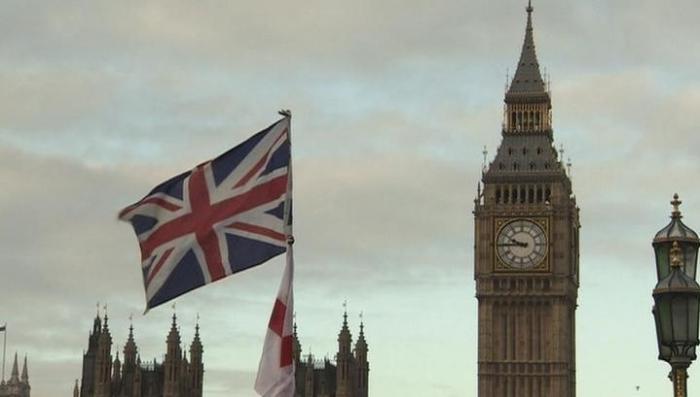 Удар по олигархам: Британия приостановит выдачу виз инвестора