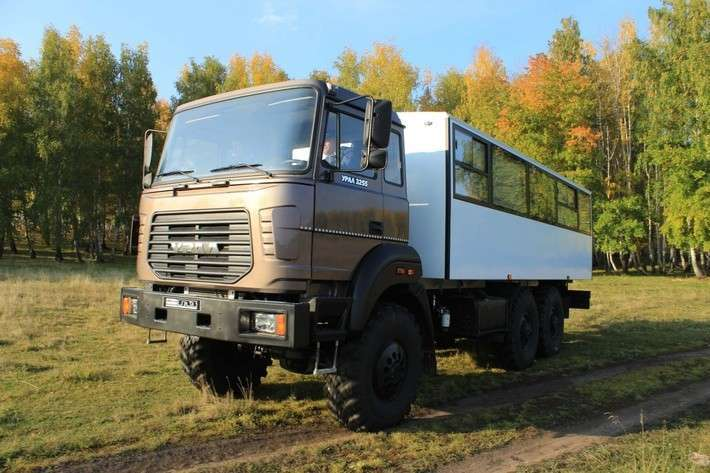 «Группа ГАЗ» начала серийное производство автомобилей «Урал-М»