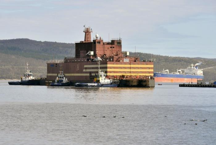 Напервом в мире ПЭБ «Академик Ломоносов» состоялся энергетический пуск реактора