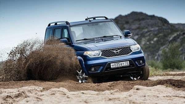 Автомобиль УАЗ Патриот 2019 модельного года