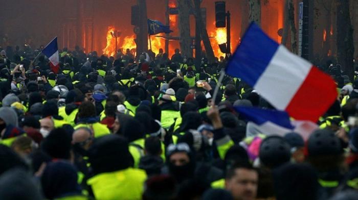 Франция готовится к новым протестам «жёлтых жилетов»