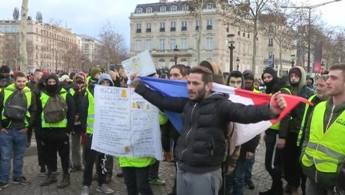 Протесты в Париже: заранее арестовали более 120 человек