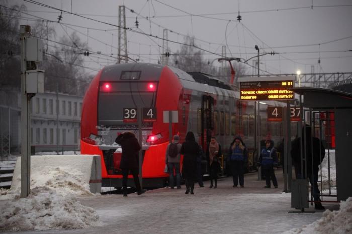 Между Тверью иТоржком запущены скорые пригородные поезда «Ласточка»