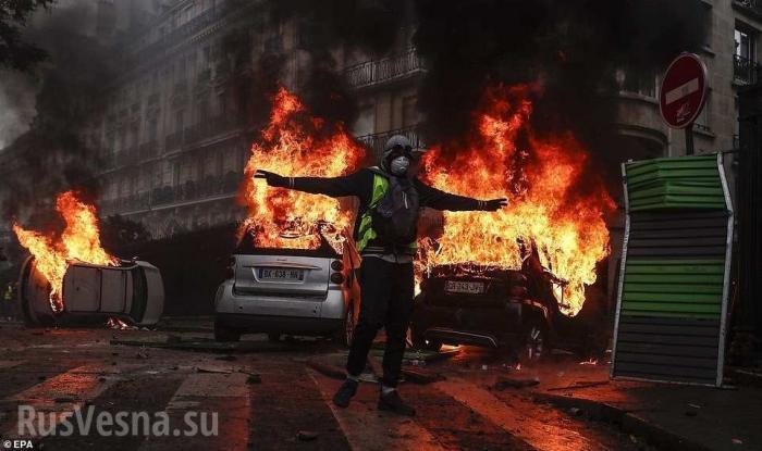 В Кремле прокомментировали заявления Запада о «причастности» России к протестам во Франции