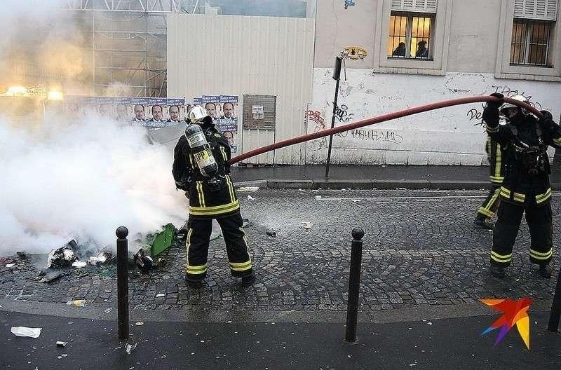 У парижских пожарных очень много работы. Фото: Дарья АСЛАМОВА