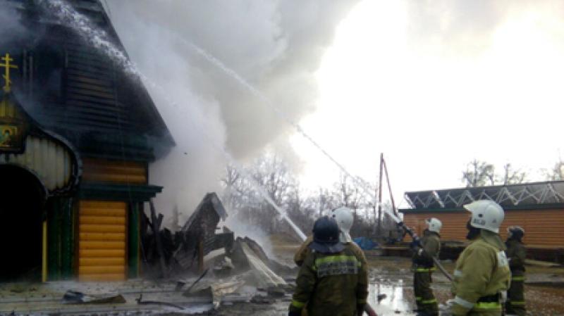 Под Киевом подожгли храм РПЦ на Украине