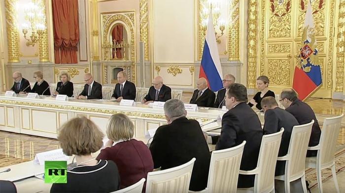 В. Путин проводит заседание Совета по развитию гражданского общества и правам человека