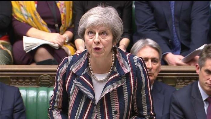 Парламент британии готовится свергать Терезу Мей