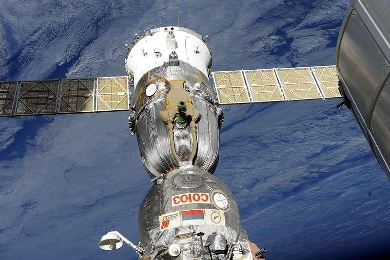 Уникальная космическая операция: Кононенко и Прокопьев нашли дыру в