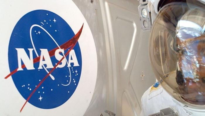 НАСА отказалось вместе с Россией расследовать появление дыры в «Союзе»