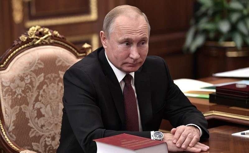 Навстрече сПредседателем Конституционного Суда Валерием Зорькиным.