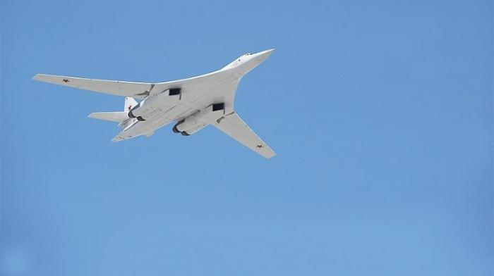 Российские стратегические ракетоносцы Ту-160 десять часов летали над Карибским морем