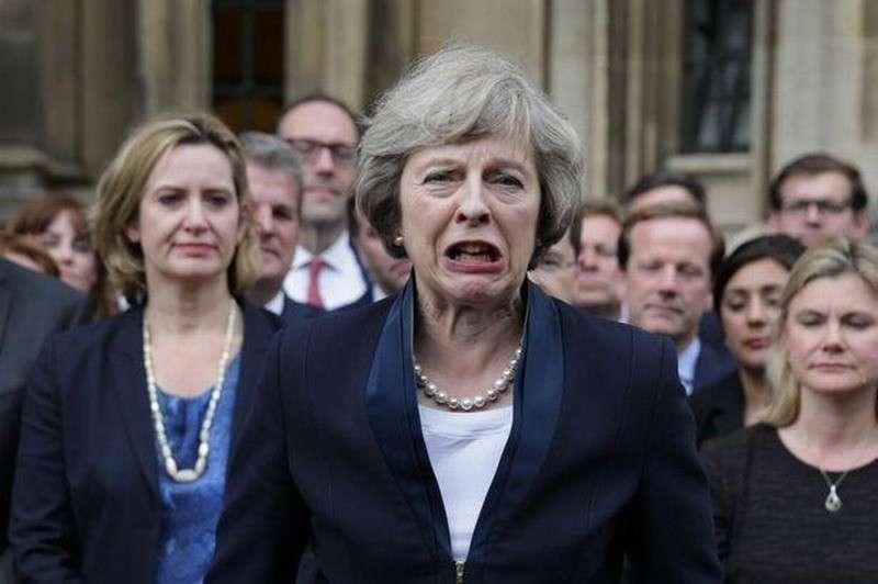 Саммит ЕС отправил Терезу Мэй в политический нокдаун