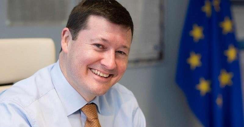 Сельмайер. Европарламент против Еврокомиссии, или Схватка пауков в европейской банке