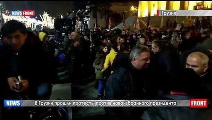 В Грузии протестуют против избрания Саломе Зурабишвили в центре Тбилиси расставили палатки