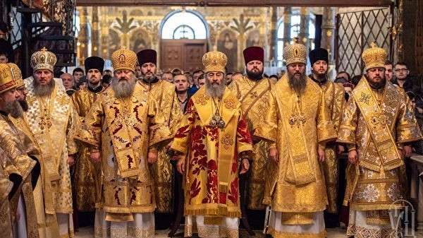 Божественная литургия в Киево-Печерской Лавре. 16 декабря 2018