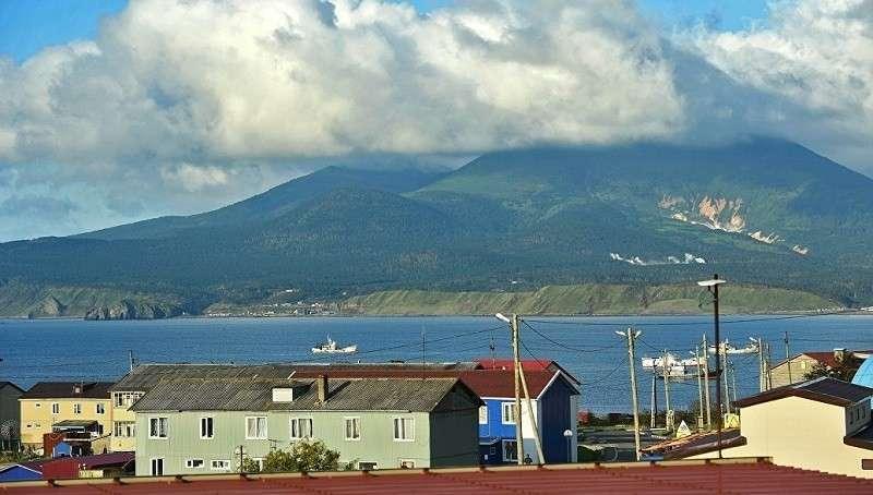 Япония заявила протест России из-за строительства общежития для военных на Курилах