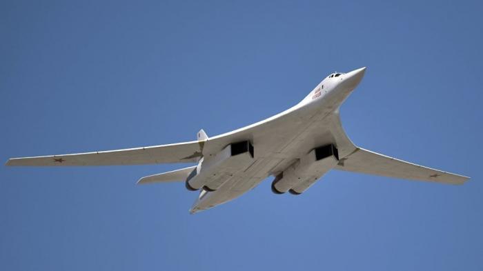 Казанский авиазавод начал производство первых модернизированных стратегических ракетоносцев Ту-160