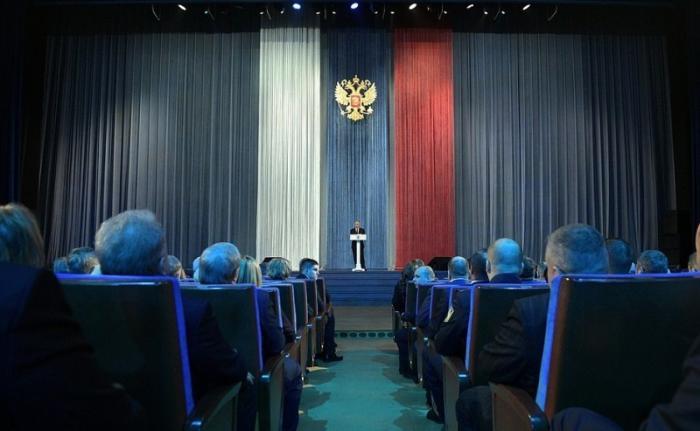 Владимир Путин выступил на торжественном вечере, посвящённом Дню работника органов безопасности