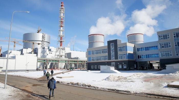 На Ленинградской АЭС остановлен первый в мире реакторный энергоблок