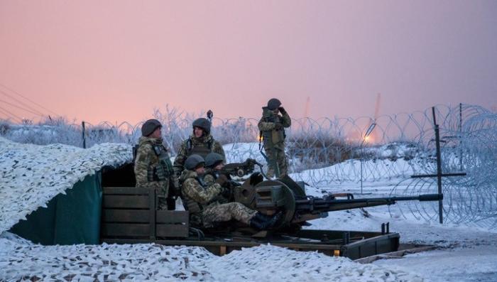 ДНР: Порошенко готовит масштабные боевые действия