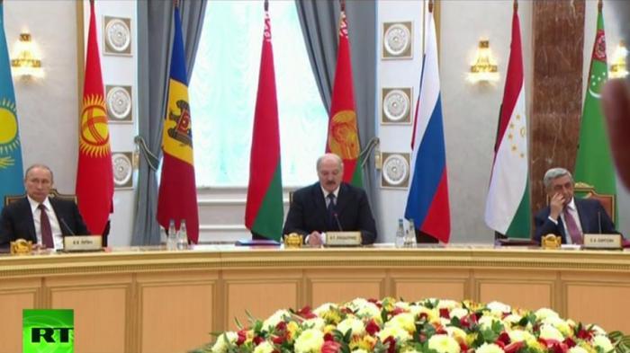 Владимир Путин принимает участие в заседании Совета глав государств СНГ - прямая трансляция