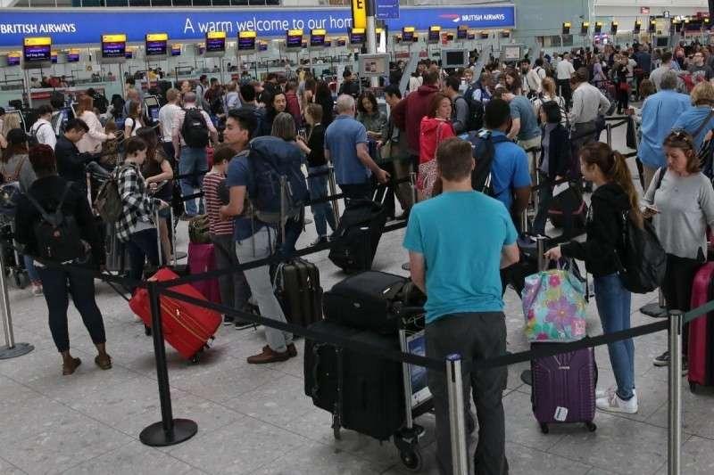 Британия готова обвинить Россию в крупнейшем авиационном коллапсе