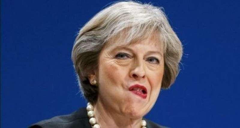 Посольство России обвинило Терезу Мэй в клевете о российском вторжении в Британию