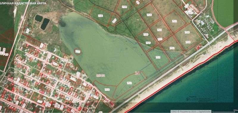 В Феодосии распилили под застройку даже озеро