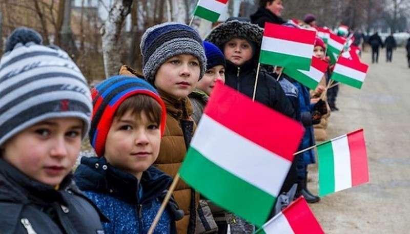 Венгерская экспансия в Украину становится изощренной