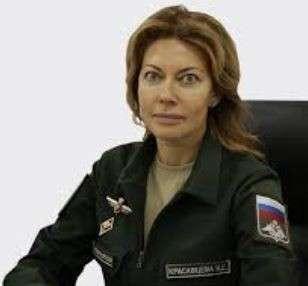 Чем хуже ситуация в военных городках, тем лучше живёт Наталья Красавцева и Артур Чистяков